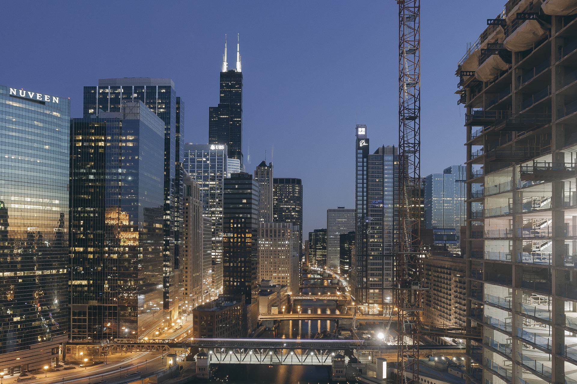 Tech debate in Chicago - Efficient enterprise systems implementation
